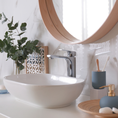 The Quick and Easy Way to Declutter Your Bathroom
